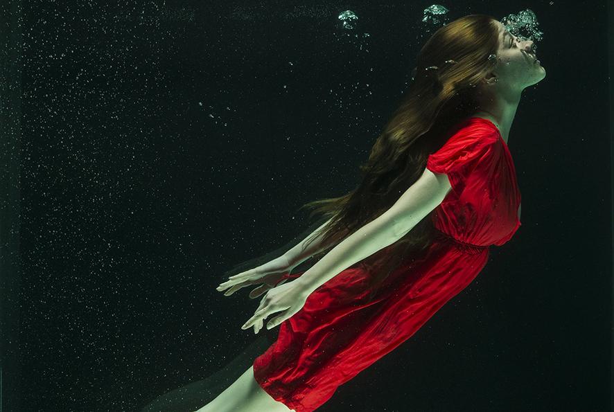 under-water-15x10cm
